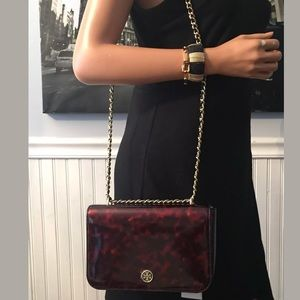 NWT. TB Robinson tortoise patent leather bag